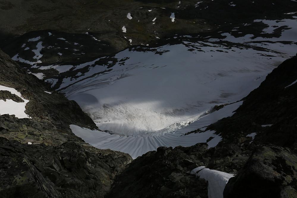 Luftig og vakkert skue i snø og bre