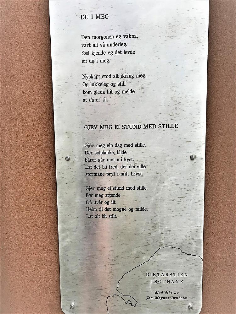 Nokre av dei fine dikta som er å finne i diktarstien!