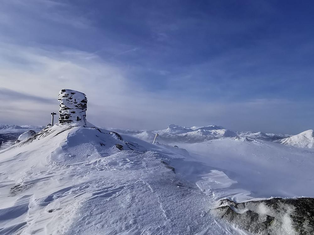 Som alltid eit fint skue mot Storehesten/Kvamshesten 1209 moh