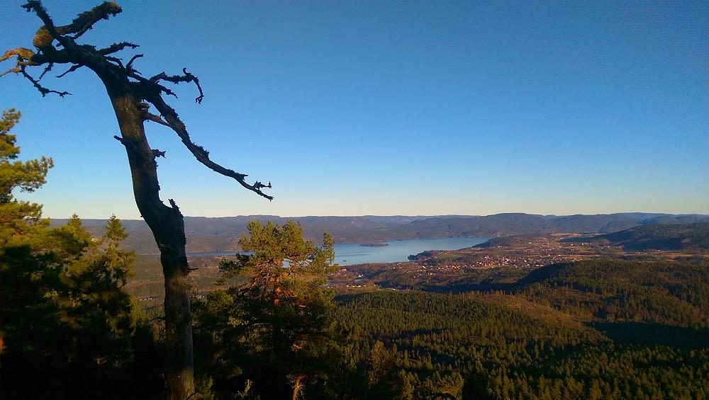 Utsikt mot Ulefoss og Nordsjø