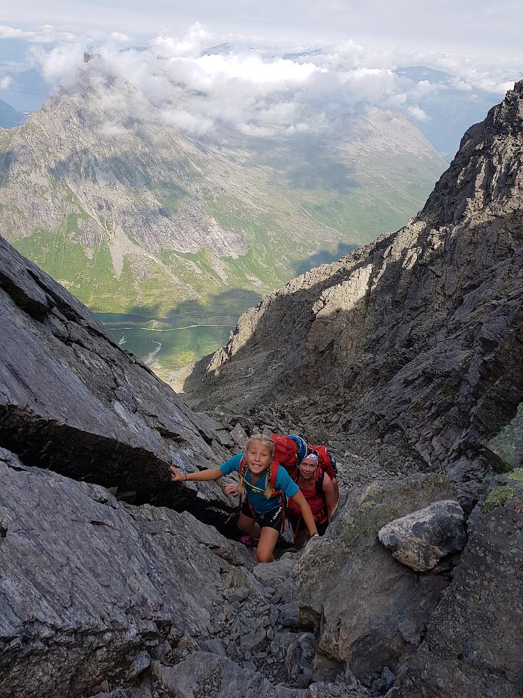 Lang bakke fra Vengedalen og opp i skardet