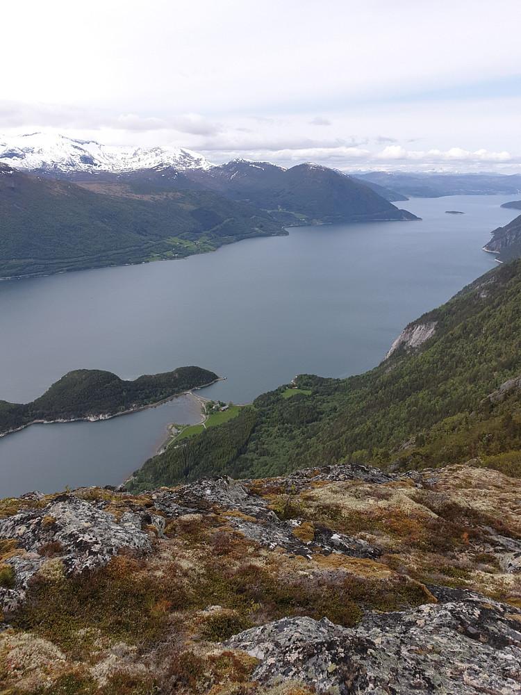 Utsikt fra Litlbotnhøa