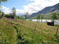 Hytteidyll ved nordenden av vannet