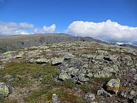 Toppen av Søndre Gåpåpiggen mot Sikkilsdalshornet