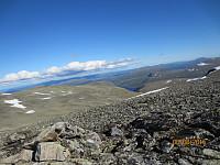 Toppen av Søndre med Glupene bak til høyre