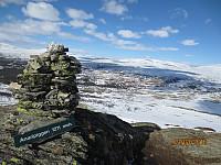Toppvarden på Anaripiggen og ned mot Høvringen