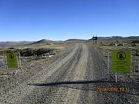 Når jeg kom til Snøheimvegen, var det tydelig skiltet at det var adgang forbudt i området jeg hadde vært i, men jeg kom levende fra det.