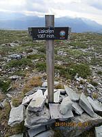 På toppen av Langbrotkollen stod det skilt om at jeg var på Liakollen. I følge kartet er Liakollen den lavere kulen jeg var på først