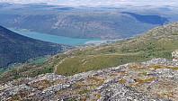 Flott utsikt fra Hegsethøe og ned mot Lom