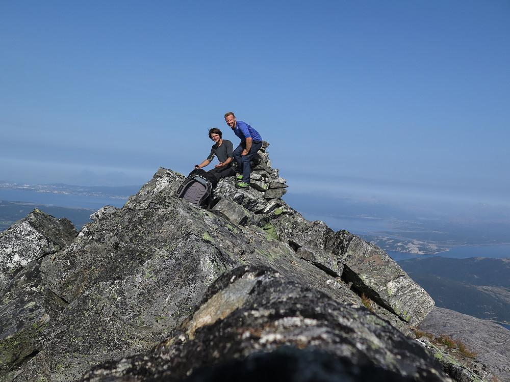 Seiersbilde på toppen av Børtinden. For en tur. En drøm er gått i oppfyllelse.