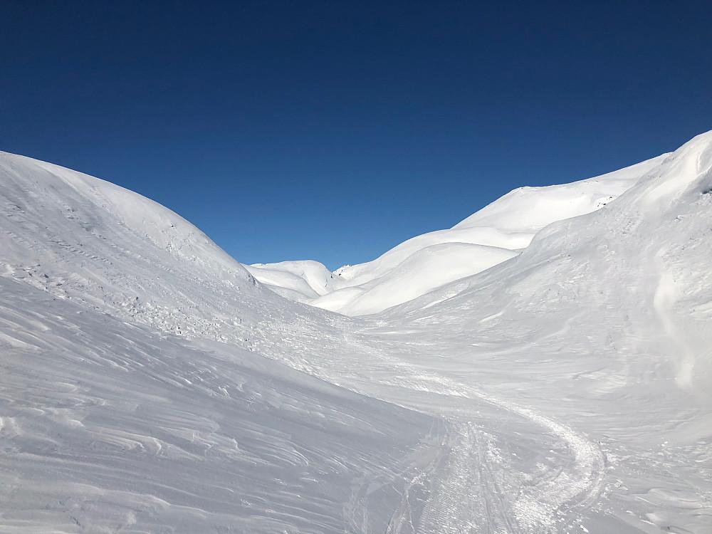 Flott vinterstemning innover mot Myklavatnet