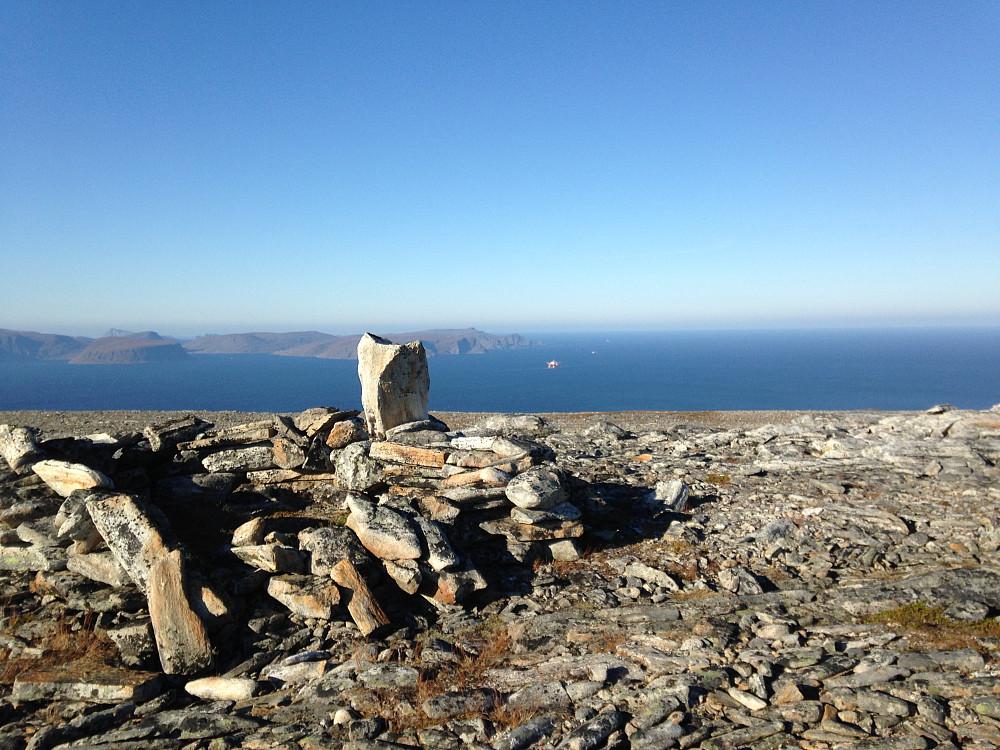 Steinfjellet, mot nordenden av Sørøya