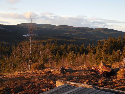 Fra toppen mot nv. Marifjell til venstre.