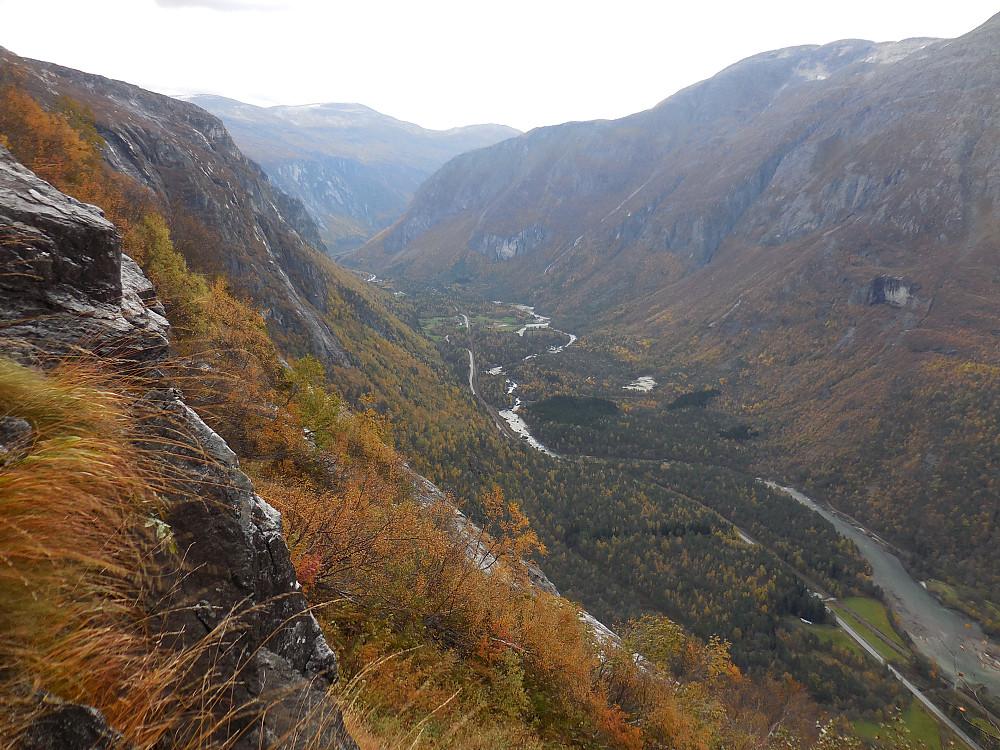 Utsikt oppover Romsdalen.