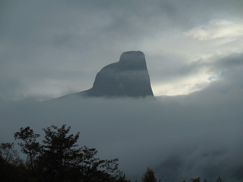 Romsdalshorn fra Venjetindsida.