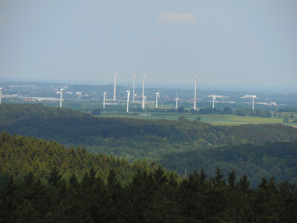 Utsikt fra tårnet og inn i Tyskland.