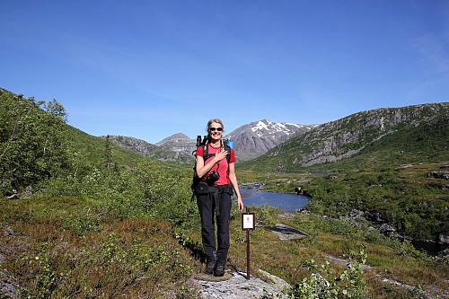 Ved inngangen til Lomsdal/Visten Nasjonalpark har Anne #denkjensla