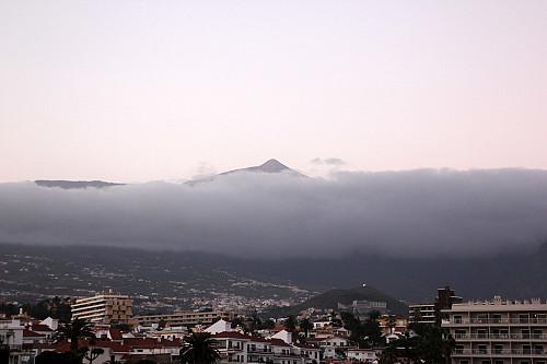 Teide sett fra hotellrommet vårt om morgenen