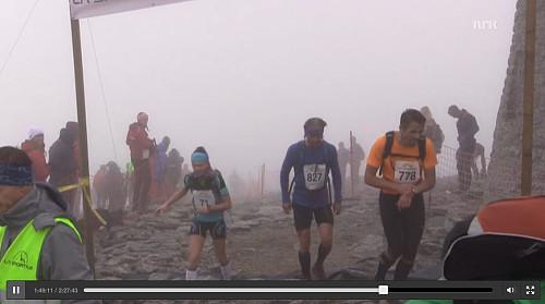 Ankomst Skålatårnet (skjermdump fra NRK)
