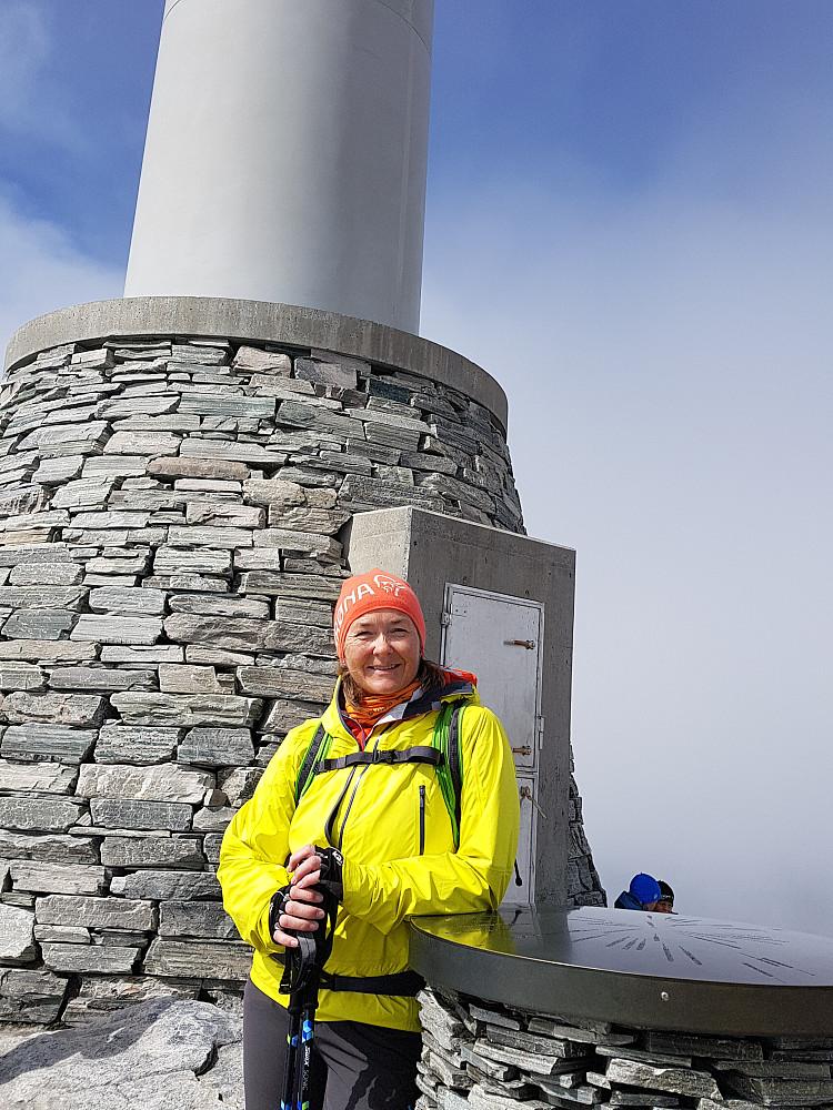 Her er vi tilbake på Stortoppen, 2287 moh.