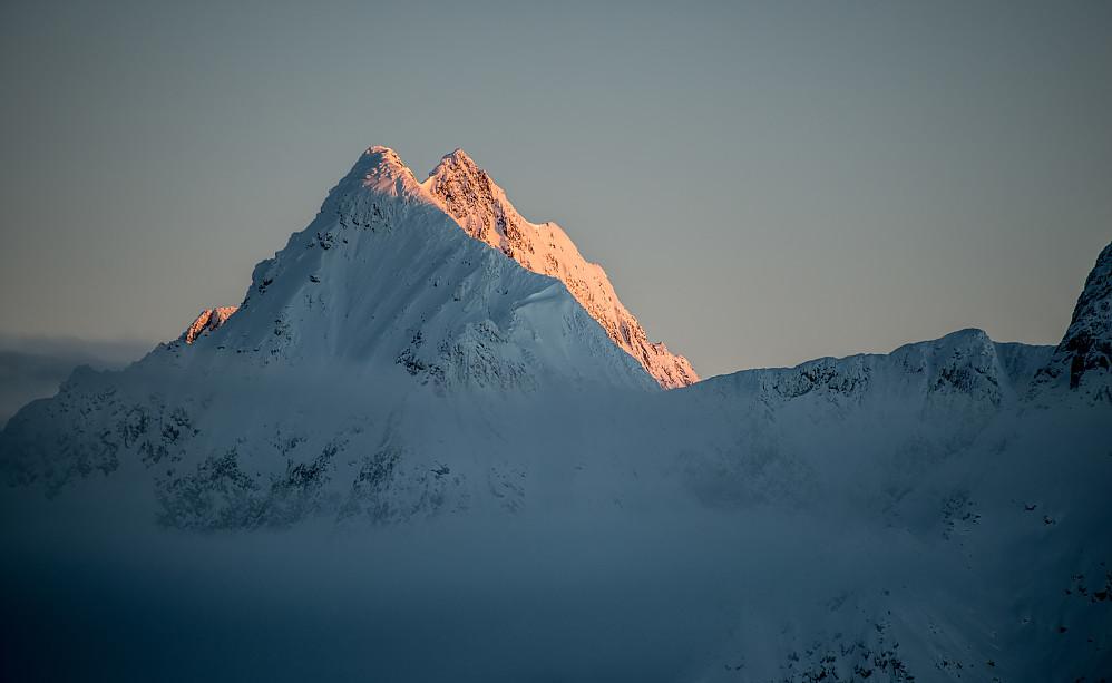 Avalanche Mountain (2881m), fjellet som tok livet av 62 mennesker i ett enkelt snøras i 1910