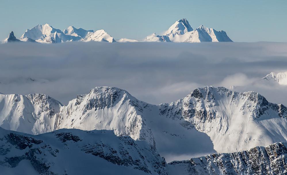 Utsikt mot fjell i nordvest