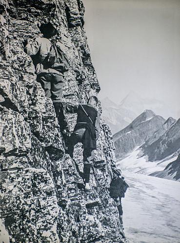 Christian Hasler og Edward Feuz, to Sveitsiske guider som skrev mye historie i dette området. Dette er ikke ett bilde tatt på Mount Dawson.