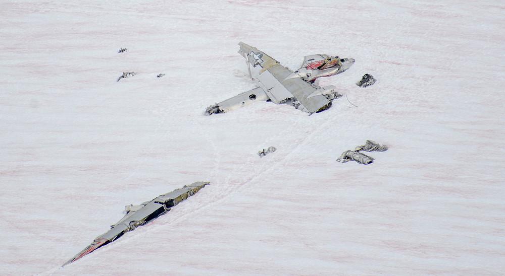 Fant ett flyvrak på en isbre under Lynx Peak i Talkeetna