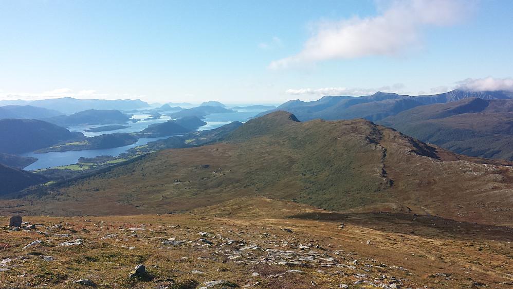 Mot Ålesund og Grasdalsfjellet/Høgsalen
