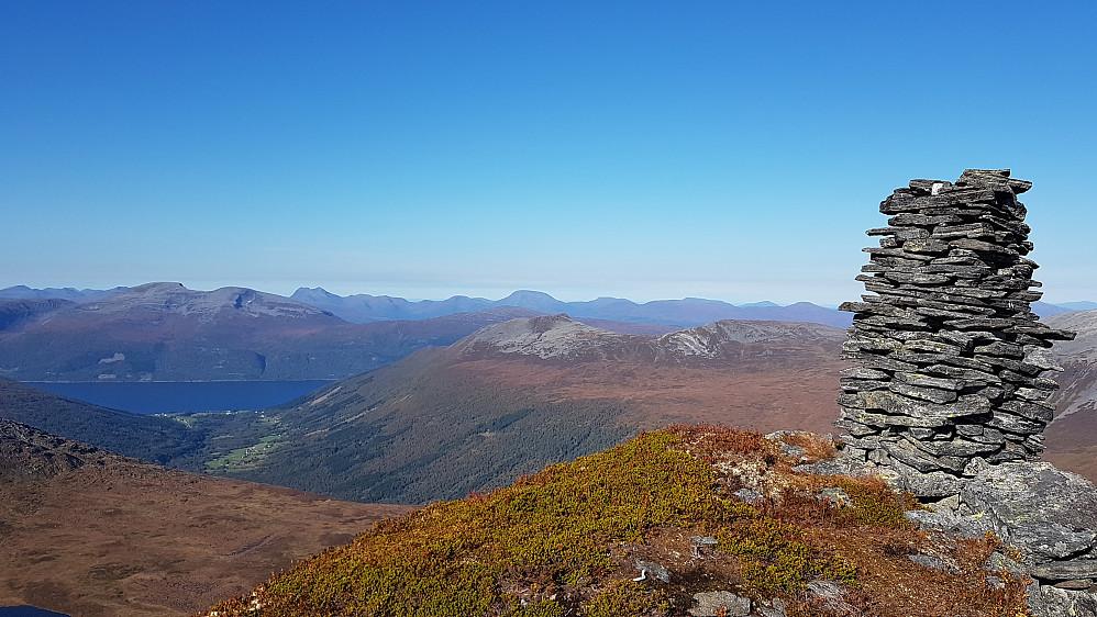 Utsikt nordover fra Litl-Blåtind