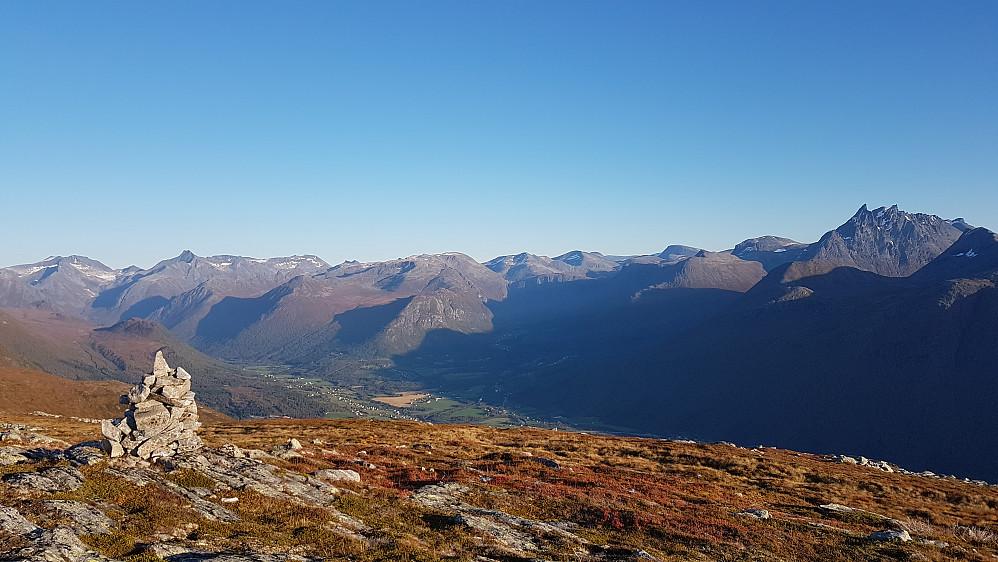 Kveldssol i Romsdalsfjellene