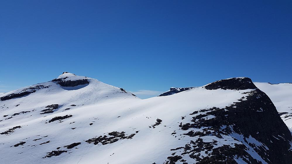 Ringshornet og Søre Småholtinden