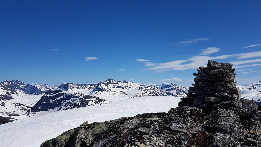 På Søre Småholtinden - mot Skarfjell