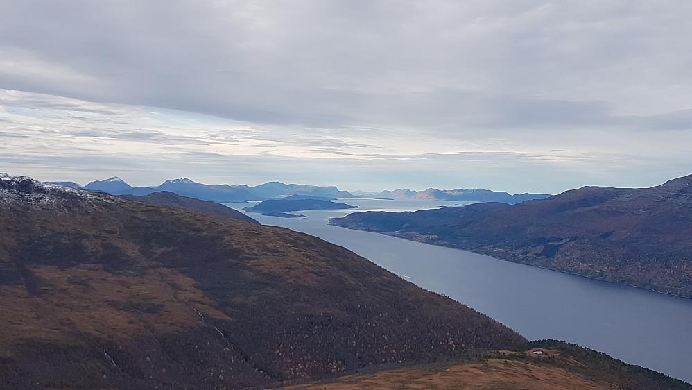 Fin utsikt vestover på Slettefjellet