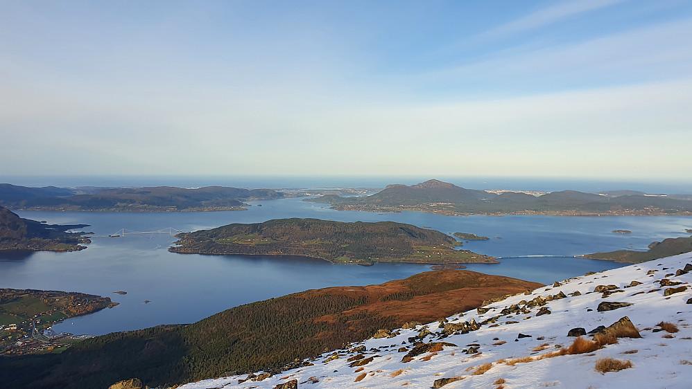 Storslagen utsikt på Reinsfjellet