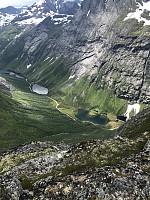 Nydelig utsikt mot Norangsdalen og fjellene rundt.