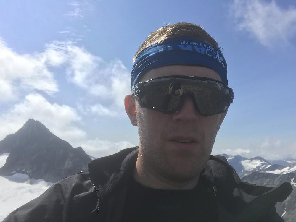 Selfie på Nordre Hellstugutind