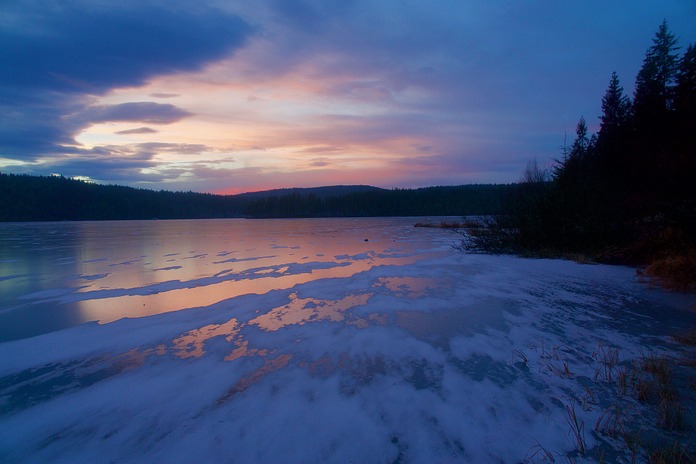 Solnedgang over Øyungen