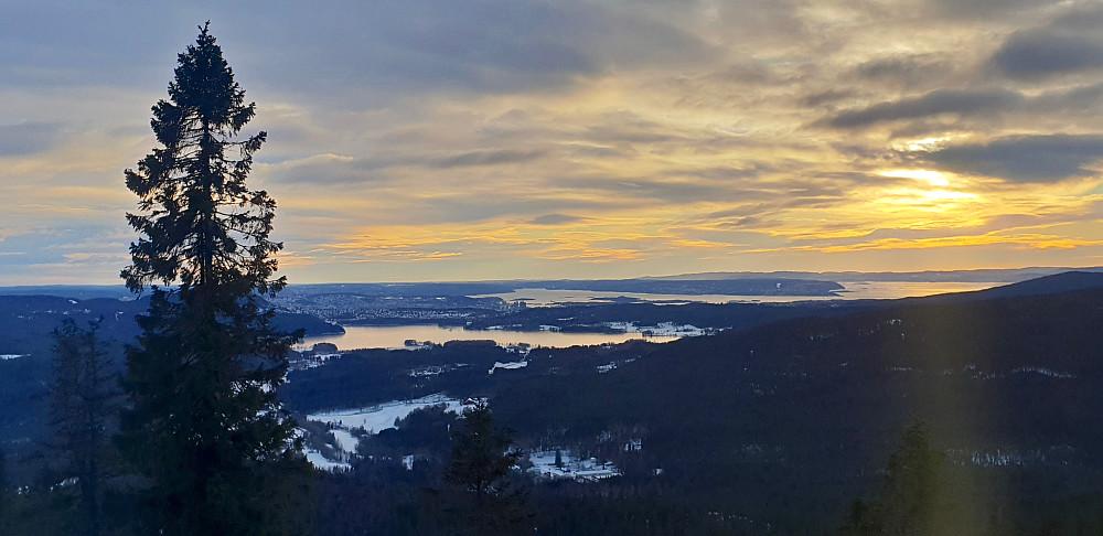 Episk utsikt fra Gaupekollen utsiktspunkt
