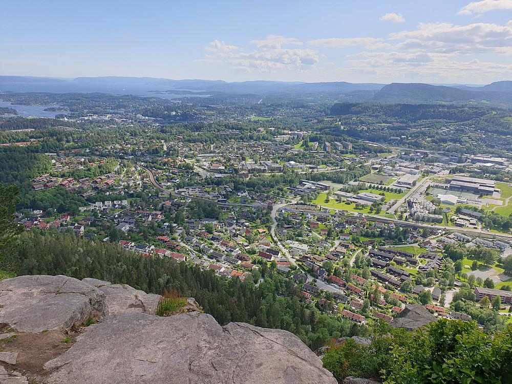 Utsikt fra Søndre Kolsåstoppen mot Bærum