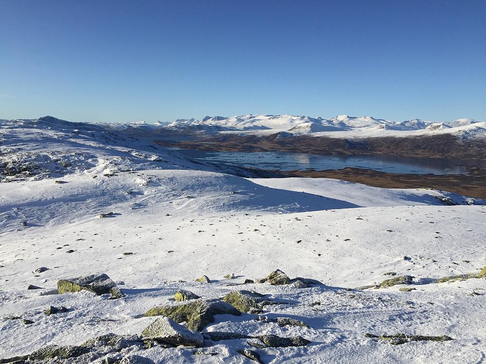 Fra Skreddalsfjellet (1414 m) mot Vinstre og Jotunheimen.
