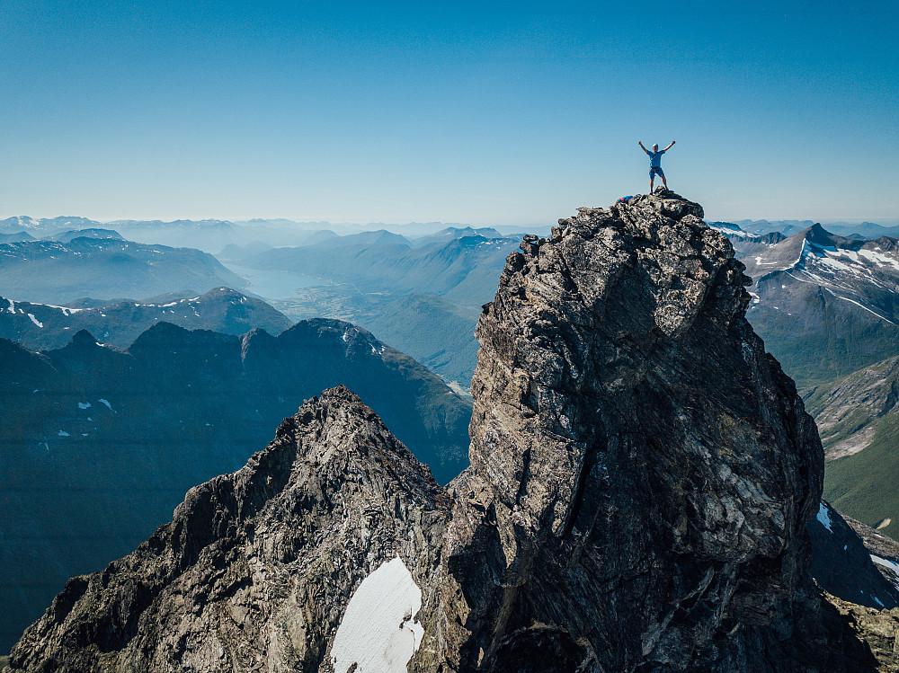 En fornøyd Peakbooker på toppen.