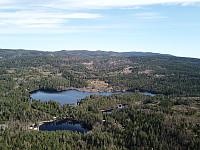 Utsikt mot Lauvtjern fra Krukekollen (med drone)