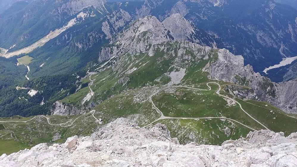 Ned den slovenske ruta sett fra toppen