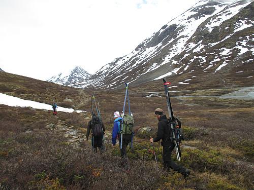 På vei oppover Visdalen mot den nye broa