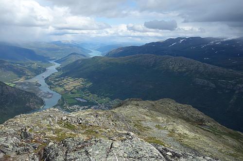 Utsikt fra Eggjapiken  mot øst
