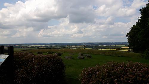 Flott utsikt mot vest fra parkeringsplassen ved Yding Skovhøj