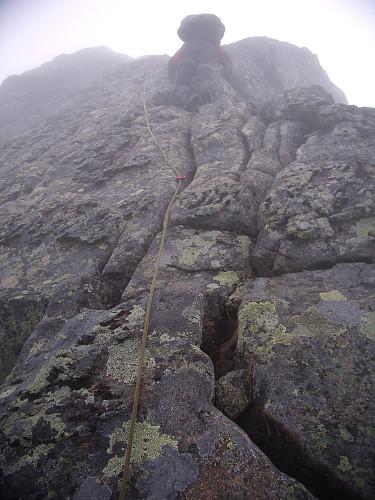 Klatring mot Midtre Skagastølstinden