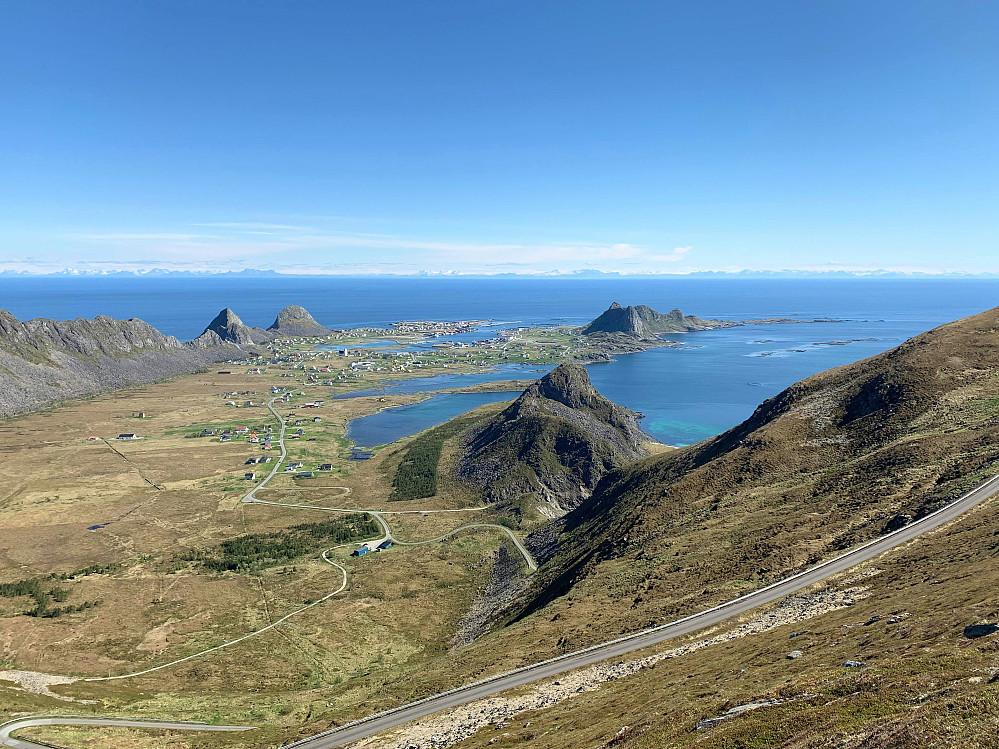 Sentrum på Værøya - Sørland