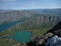 Norde del av Knutshøe med Øvre Leirungen i front, sett fra Bukkehåmåren
